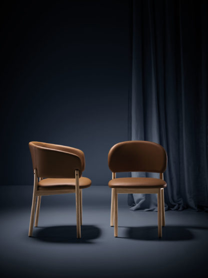 RC_wood_armchair&chair