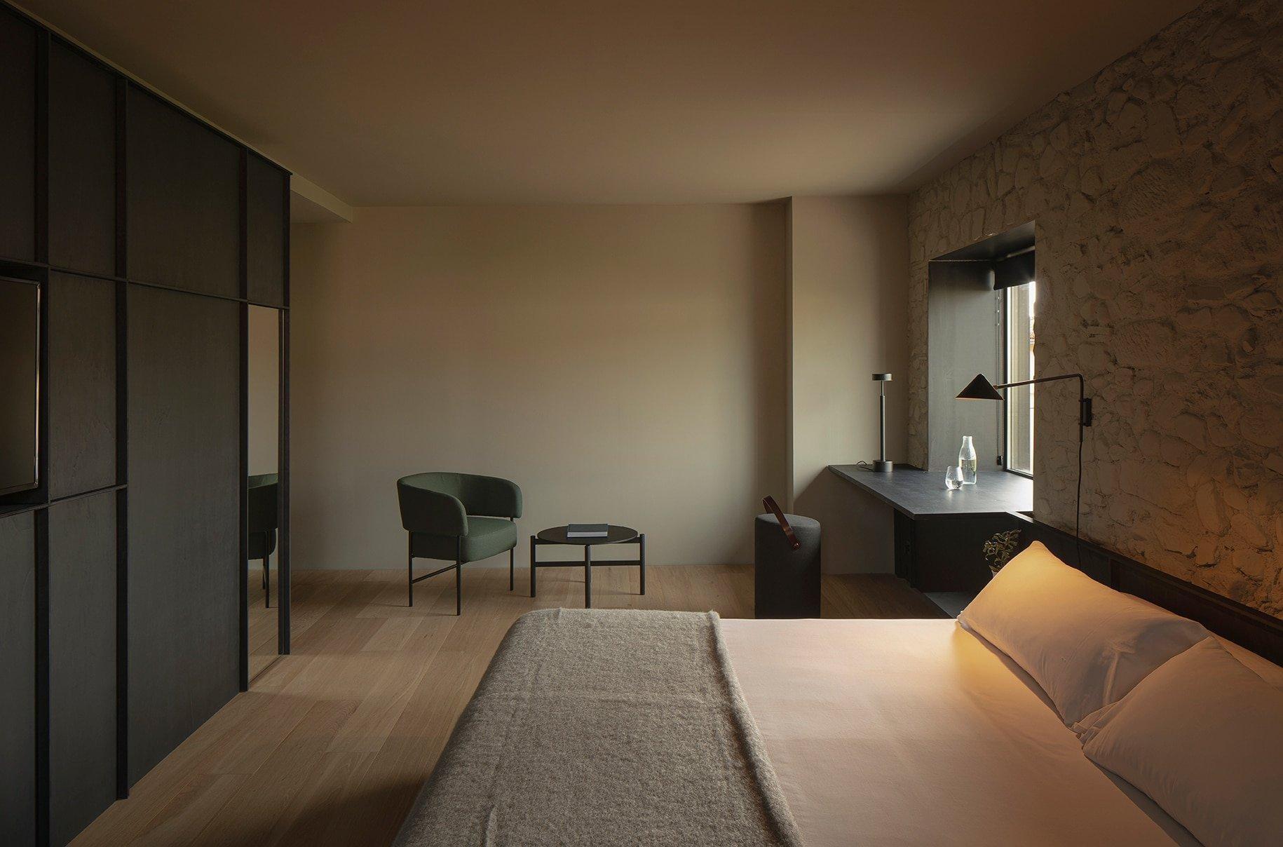 Foto ambiente Butaca Easy Chair en el Hotel Casa Grande - Muebles de diseño - Blasco&Vila