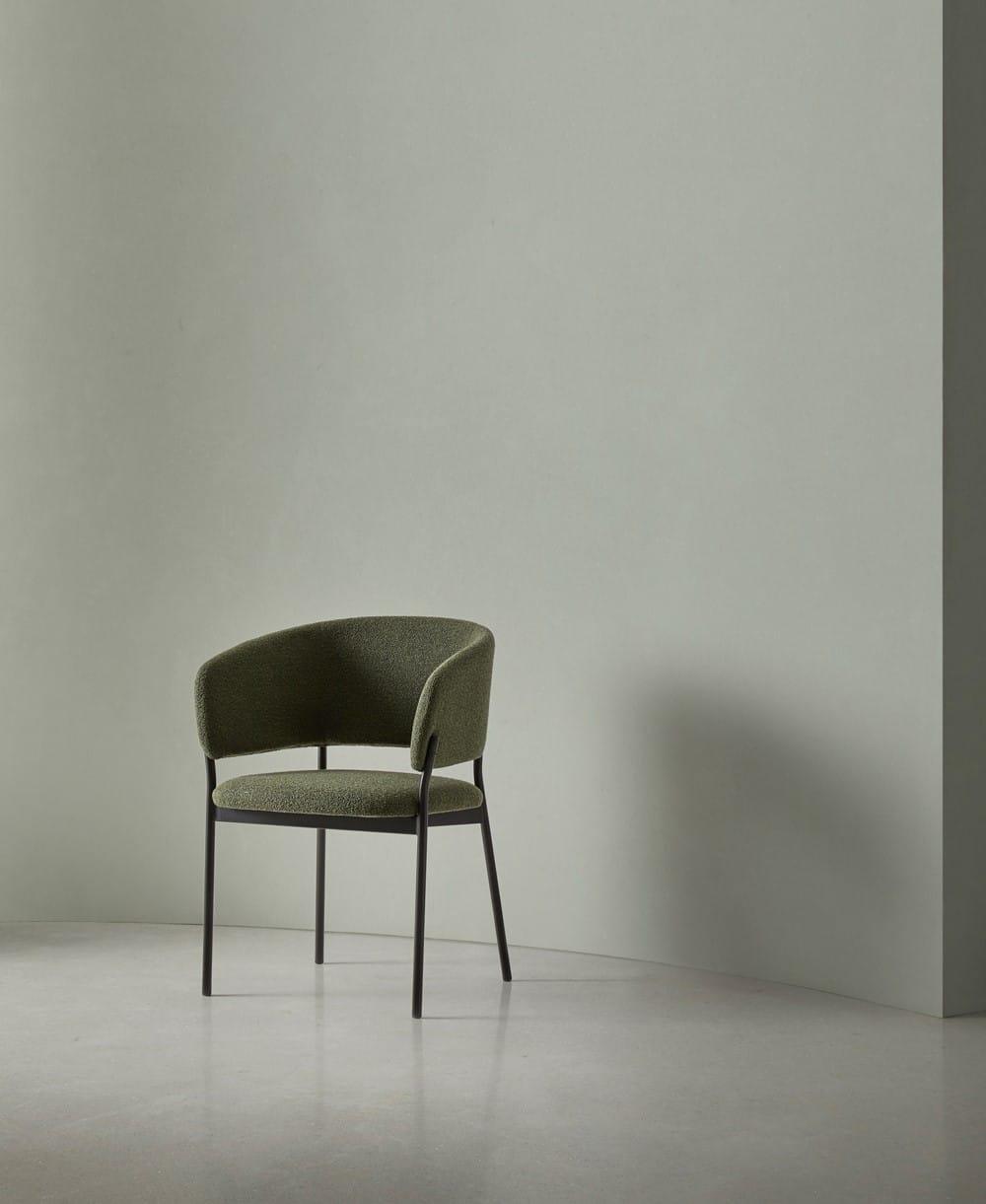 Portada Foto ambiente Silla con brazos de la colección RC Metal - Muebles de diseño - Blasco&Vila